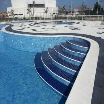 pastilha piscina 10x10 tapua e cobalto
